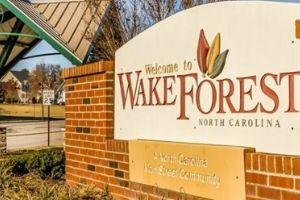 Wake Forest brick sign